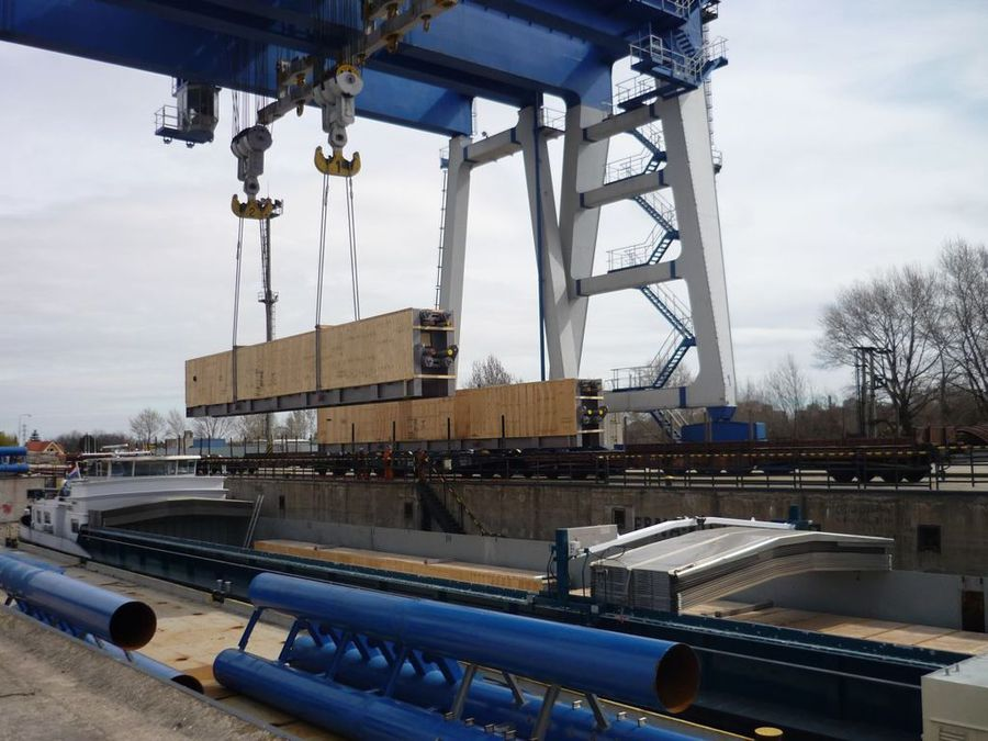 Combined transport of oversize cargo from Slovakia to Germany
